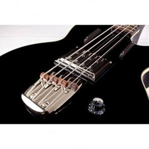 GUILD M-85 Bass